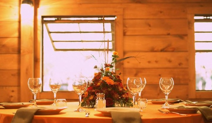 barn-venue-rustic-reception