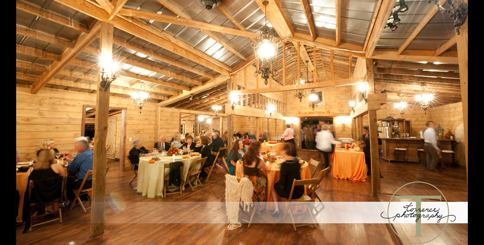 destarte-wedding-barn-interior