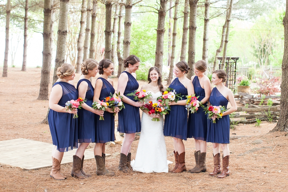 destarteweddingbarn_bridalparty
