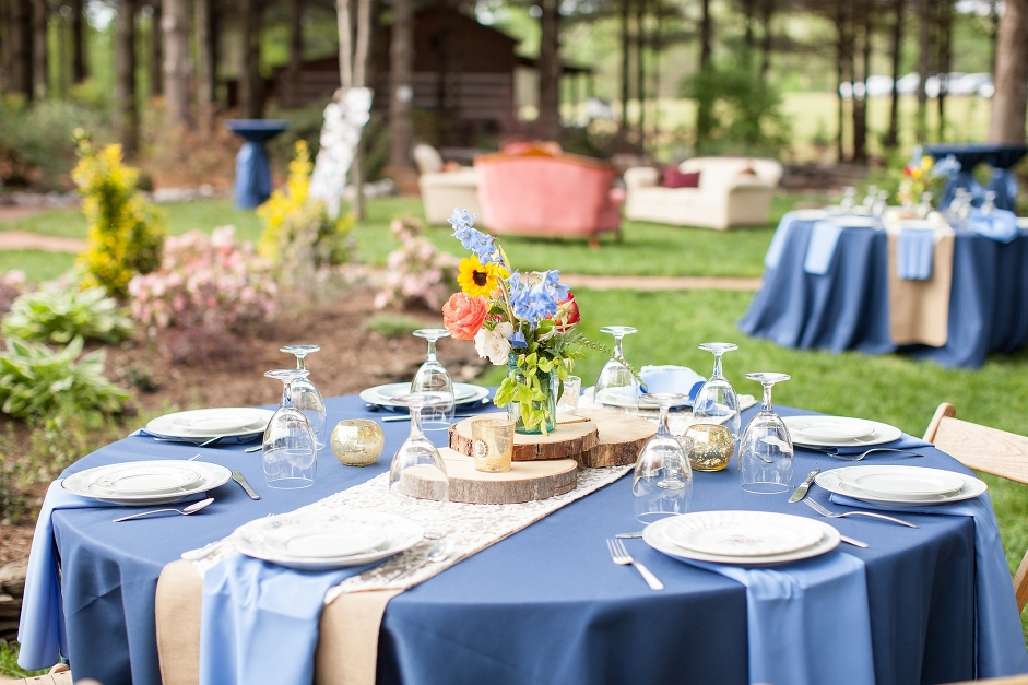 destarteweddingbarn_tablesetting
