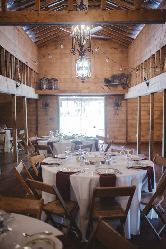 destarte-wedding-reception-barn